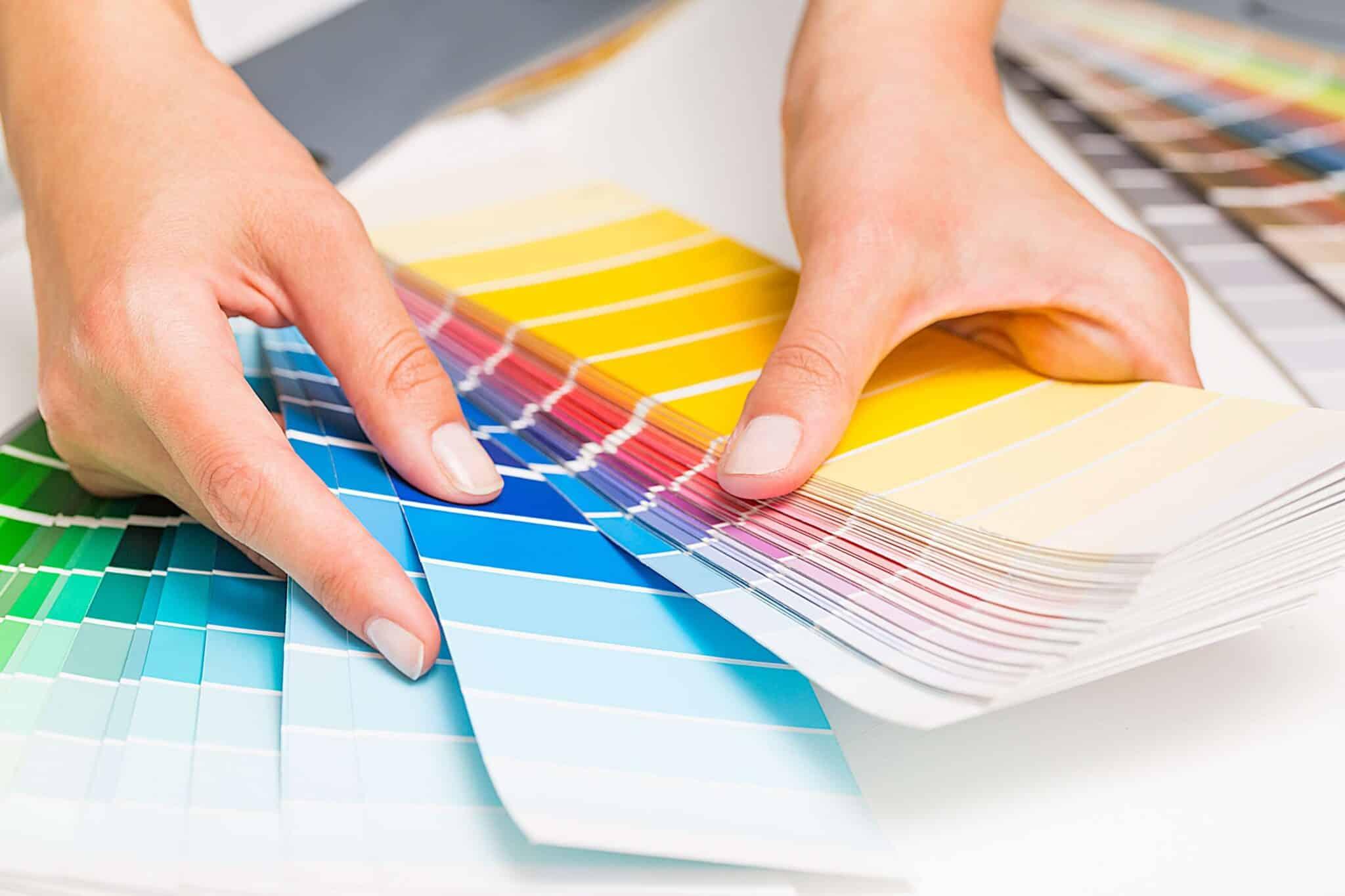 Farveprøver for maler i Ebeltoft